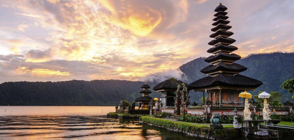 Индонезия храм
